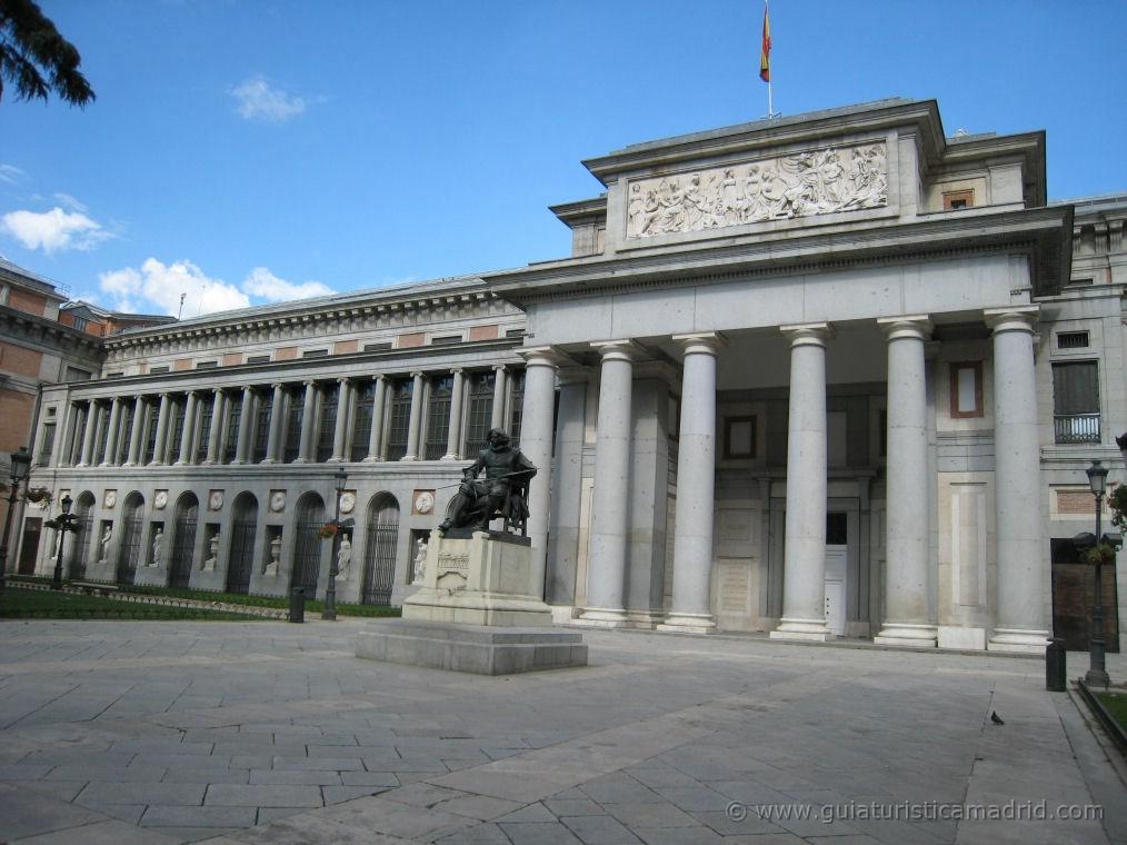 Entrada Velazquez al Museo del Prado