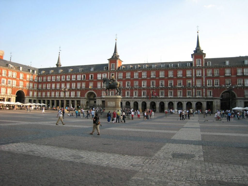 Anocheciendo en la Plaza Mayor