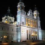 Catedral de la Almudena de noche