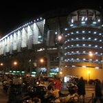 Estadio Santiago Bernabeu de noche