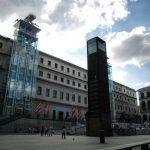 Plaza del museo de Arte Reina Sofía