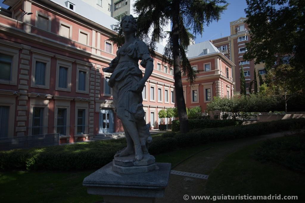 Estatuas en el jardín del museo Lázaro Galdiano