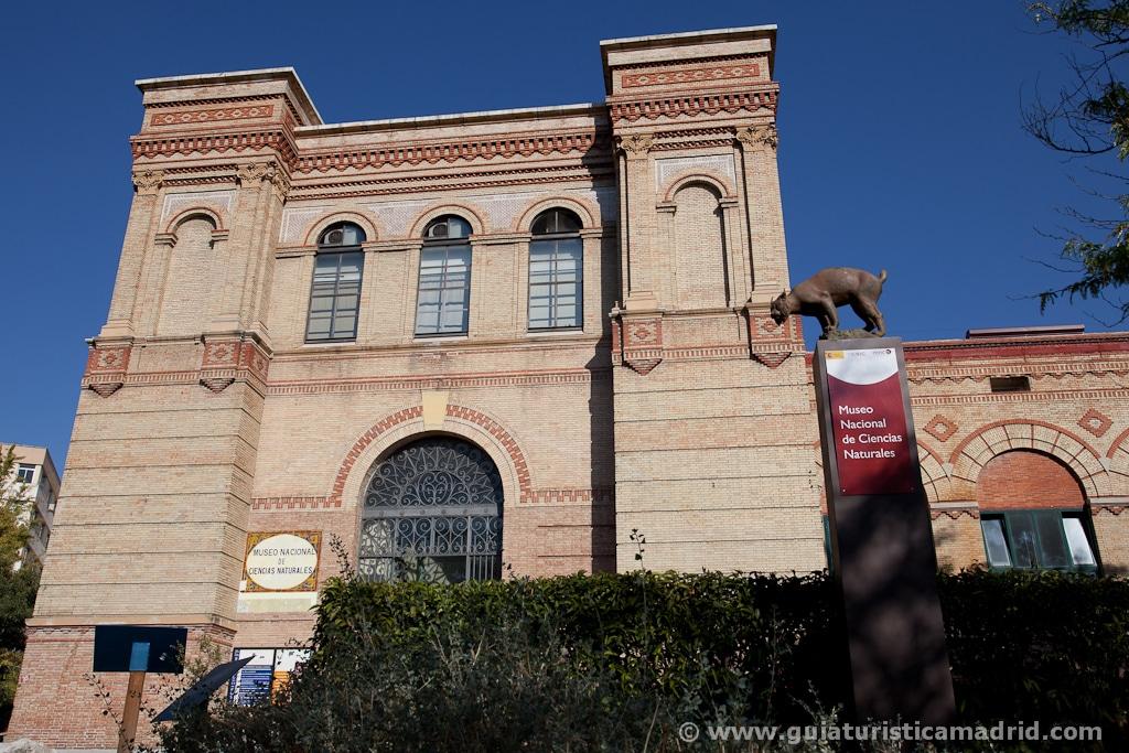 Entrada al museo de Ciencias Naturales